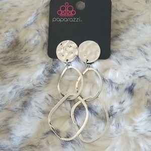 🌵3 for $15 Paparazzi clip on earrings